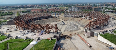 I lavori di demolizione dello Stadio delle Alpi a Torino