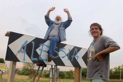 tarzanetto, amico storico di Pierpaolo Pasolini che ha raccontato la sua esperienza a fianco al poeta e Andrea Satta Direttore Artistico del Festival e Andrea Satta