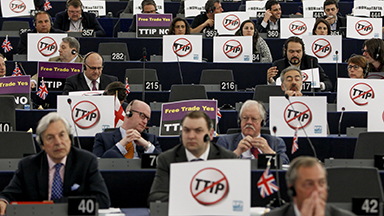 plenary-session-ttip-June-10-no-to-TTIP